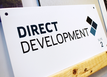 White Metal Outdoor Sign for Direct Development with Printed Letters