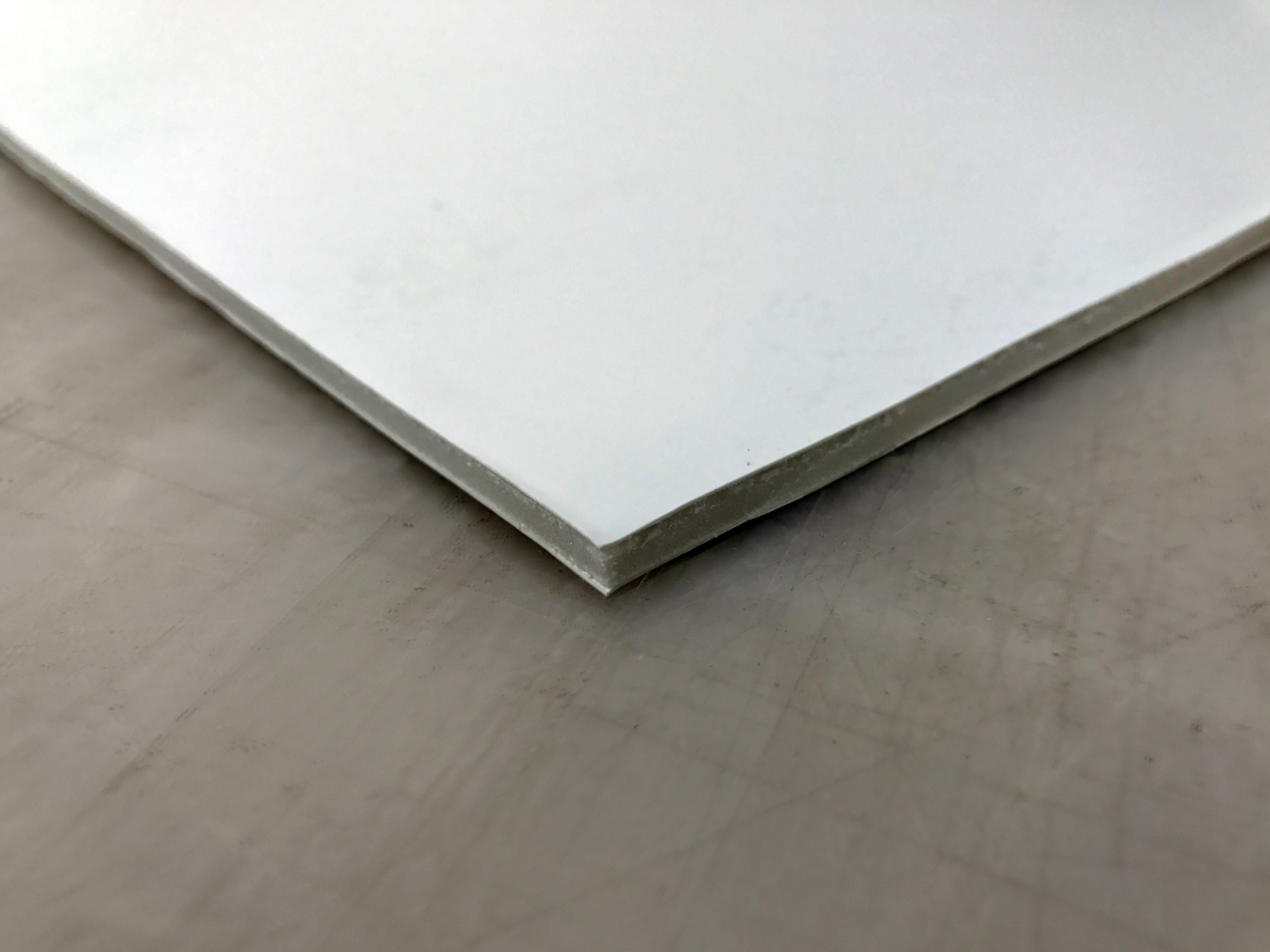 Cross-section image of Foam Core Ultra with plastic layer and foam inside