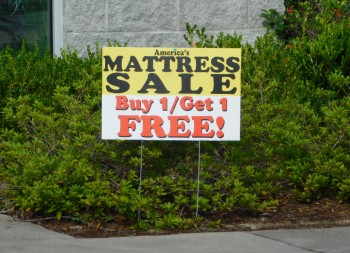 Plastic Advertisement Coroplast Yard and Lawn Sign for Marketing