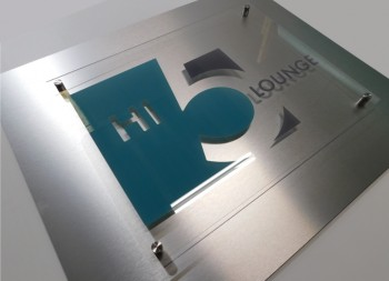 Plastic Acrylic Hi 5 Sign on Brushed Aluminum Surface with Polished Aluminum Standoffs