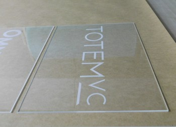 Custom Engraved Acrylic Signs For Any Occasion